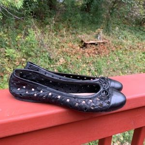 Delman made in Spain perforated leather 7M flats